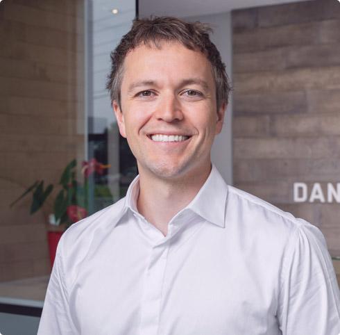 Dr Daniel Rioux